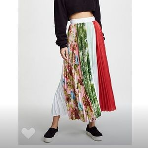 Nwt MSGM floral pleated skirt euro sz 40 Small